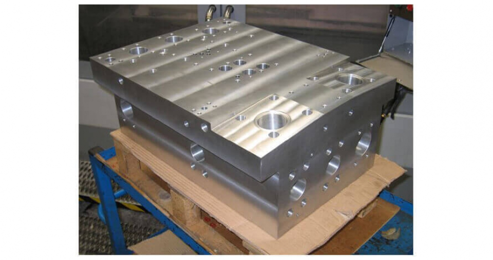 CNC Milling and Turning-6
